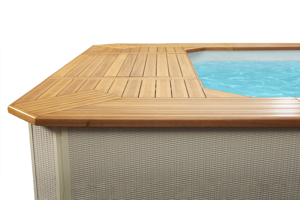 Dettaglio piscina fuori terra MsPiscine con bordo in legno
